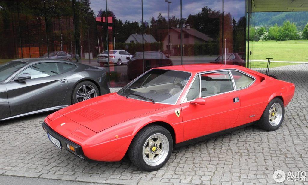 Ferrari Dino 308 GT4 - Copyright : www.autogespot.fr