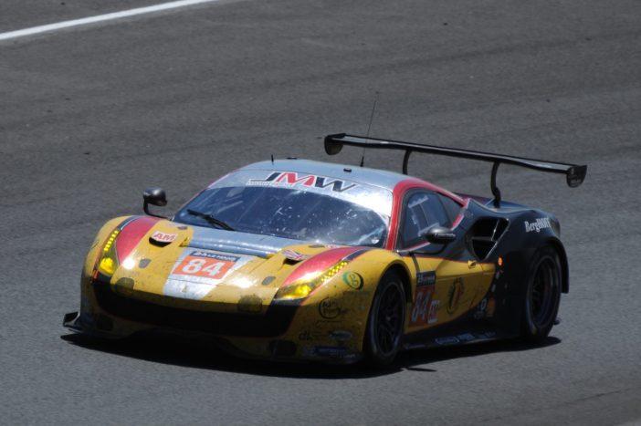 La Ferrari 488 n°84 du team JMW