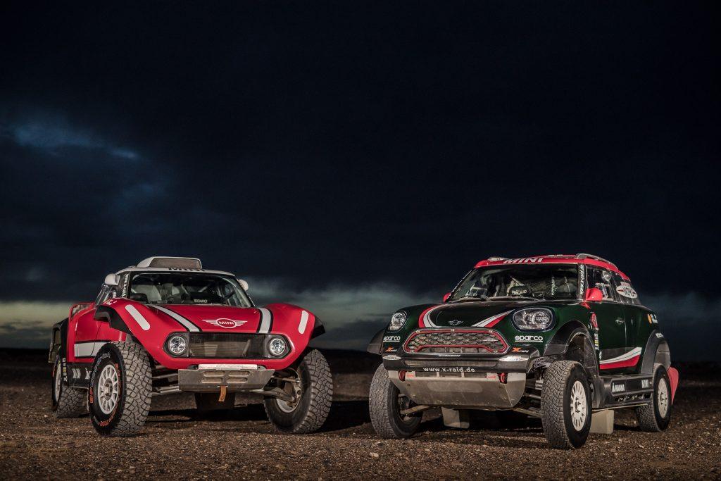 Les Mini John Cooper Works Buggy et Rally du team X-drive engagées dans le Dakar 2018