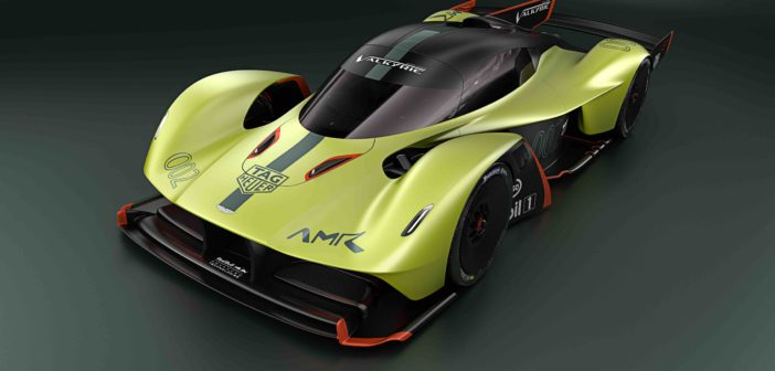 Aston Martin Valkyrie AMR Pro Vue de Trois-Quart