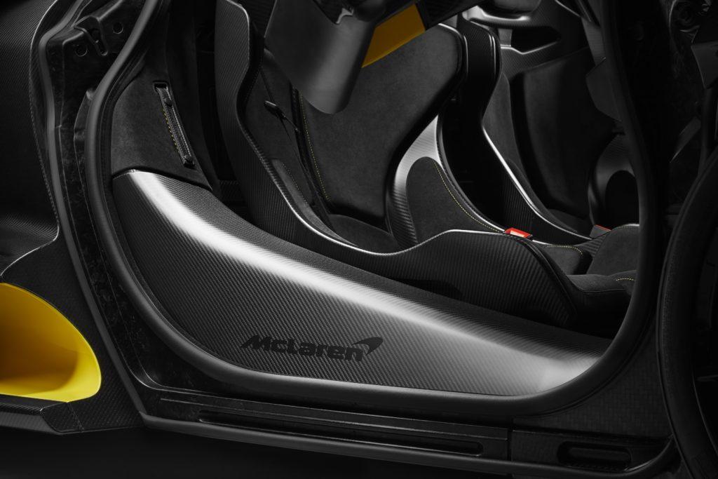 McLaren Senna Carbon Theme Cockpit