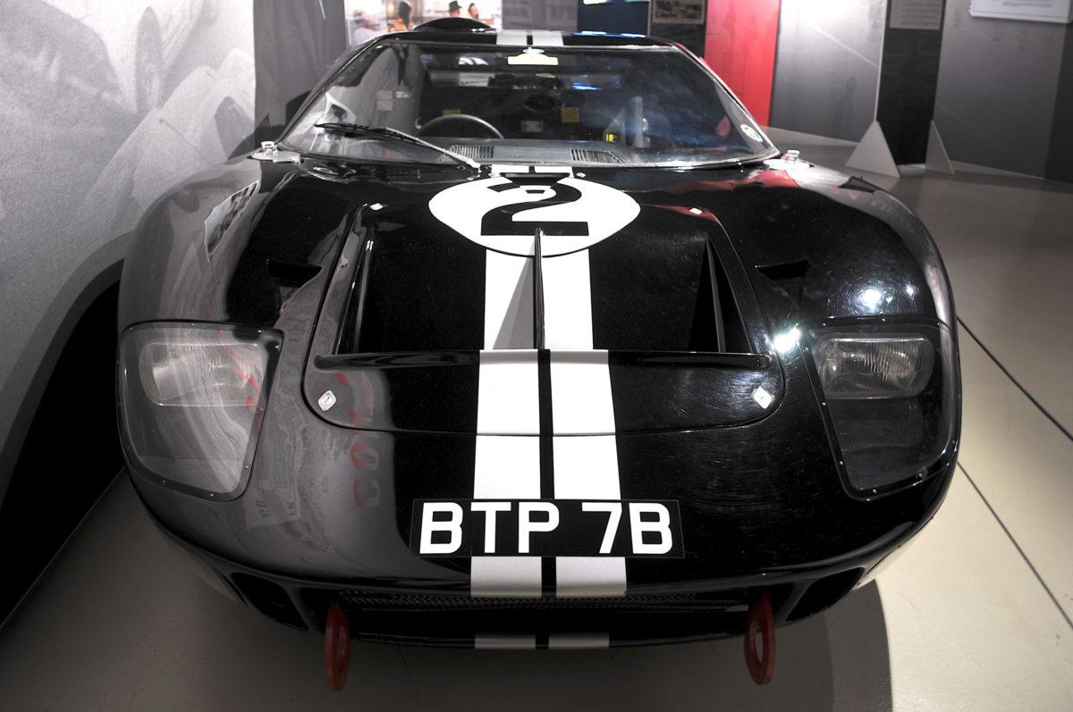 Face avant Ford GT40 MK2 1966