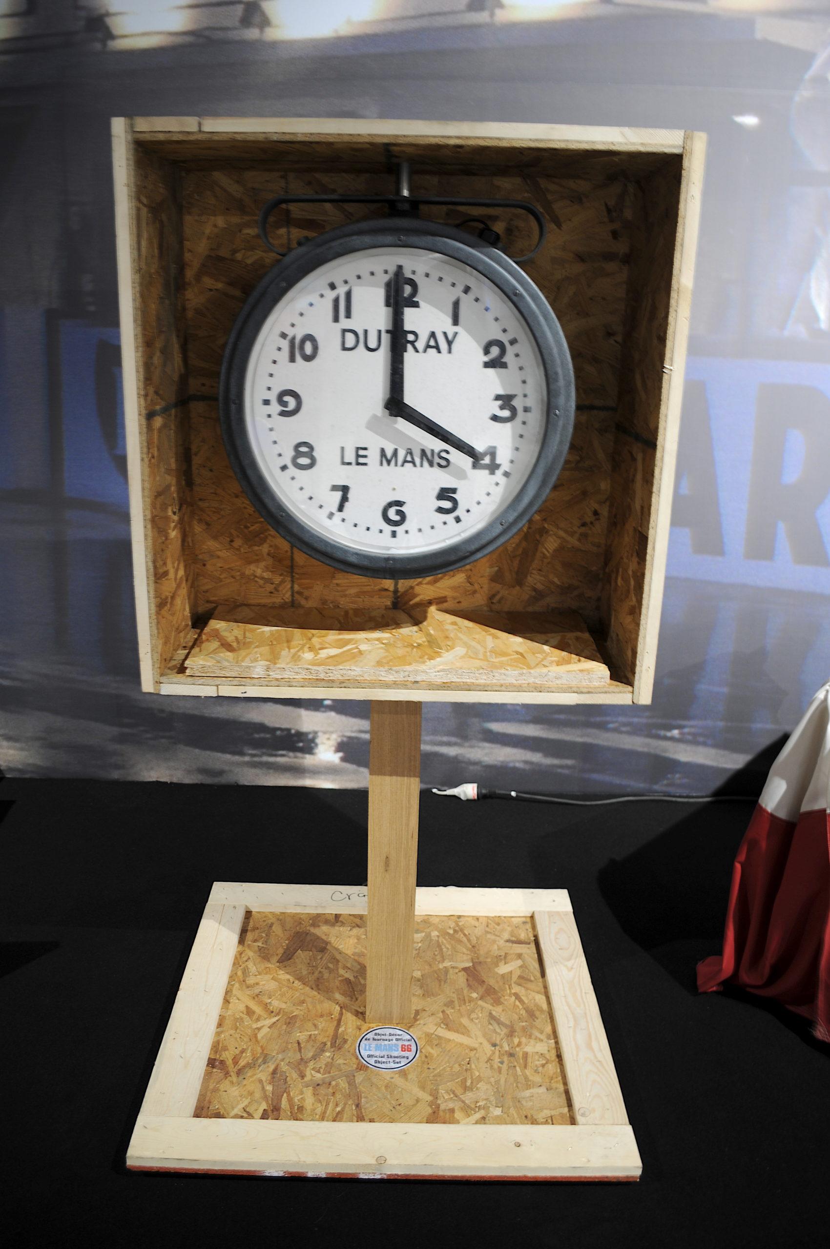 Horloge Dutray Le Mans 66
