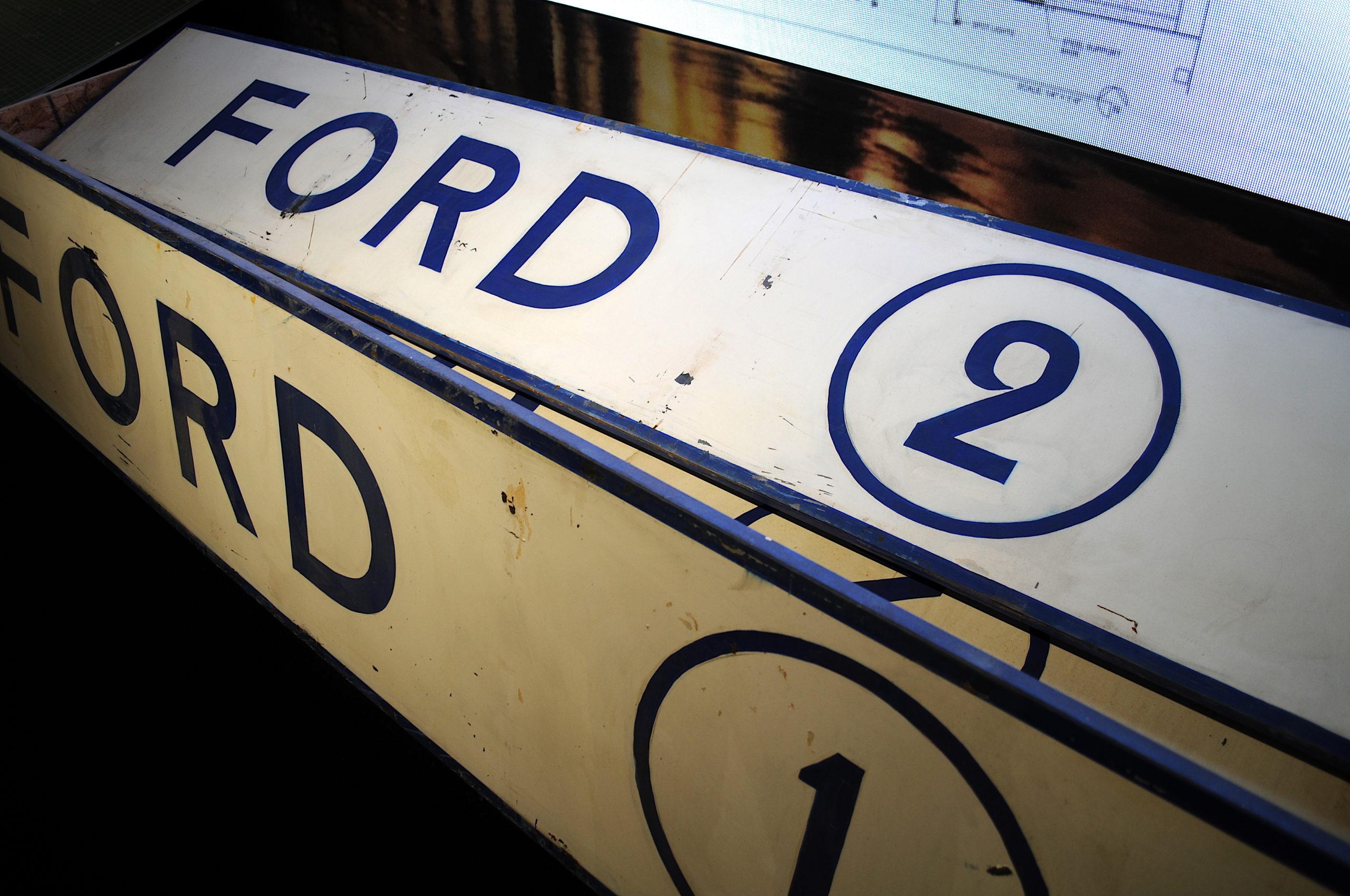 Panneaux Ford stands Le Mans 66
