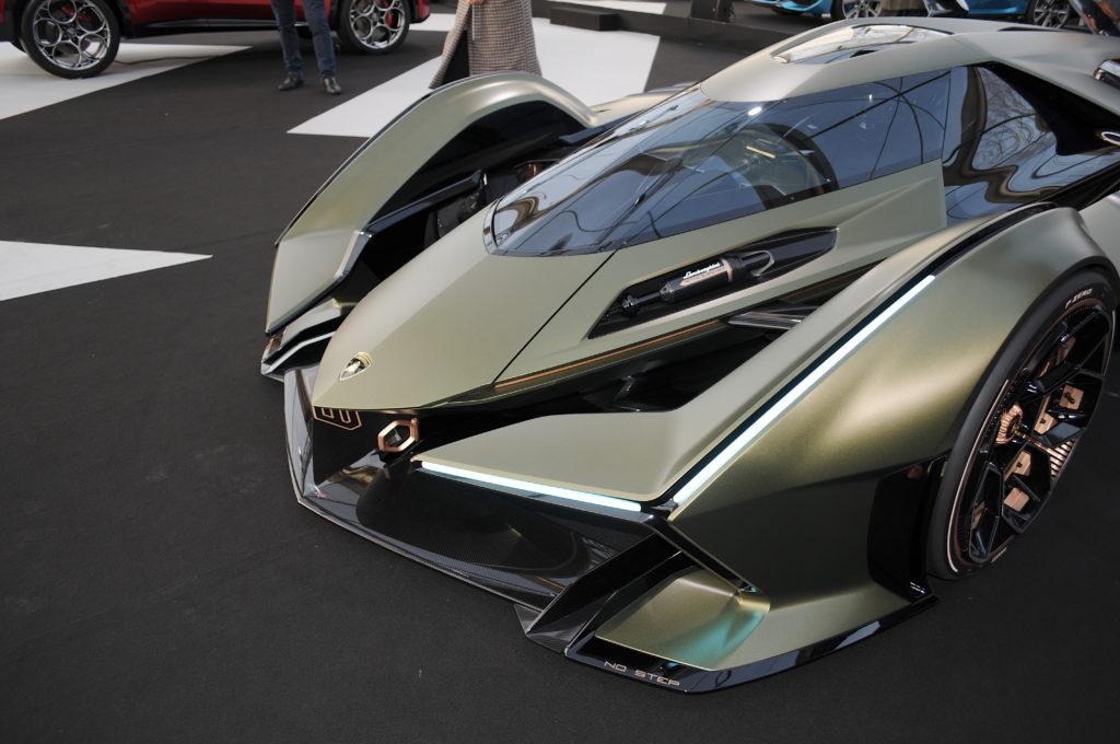 Lamborghini V12 Vision Gran Turismo moteur avant